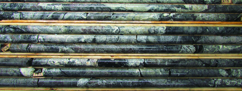 Drilling core: mix of Ferro, Silico and Calcio-Carbonatite mineralized in REE and Niobium.