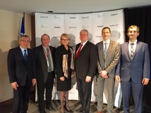 De gauche à droite , M. Bédard , M. Poirier , Mme Ménard , M. Blanchette , M. Mugerman , le Dr Hajiani .