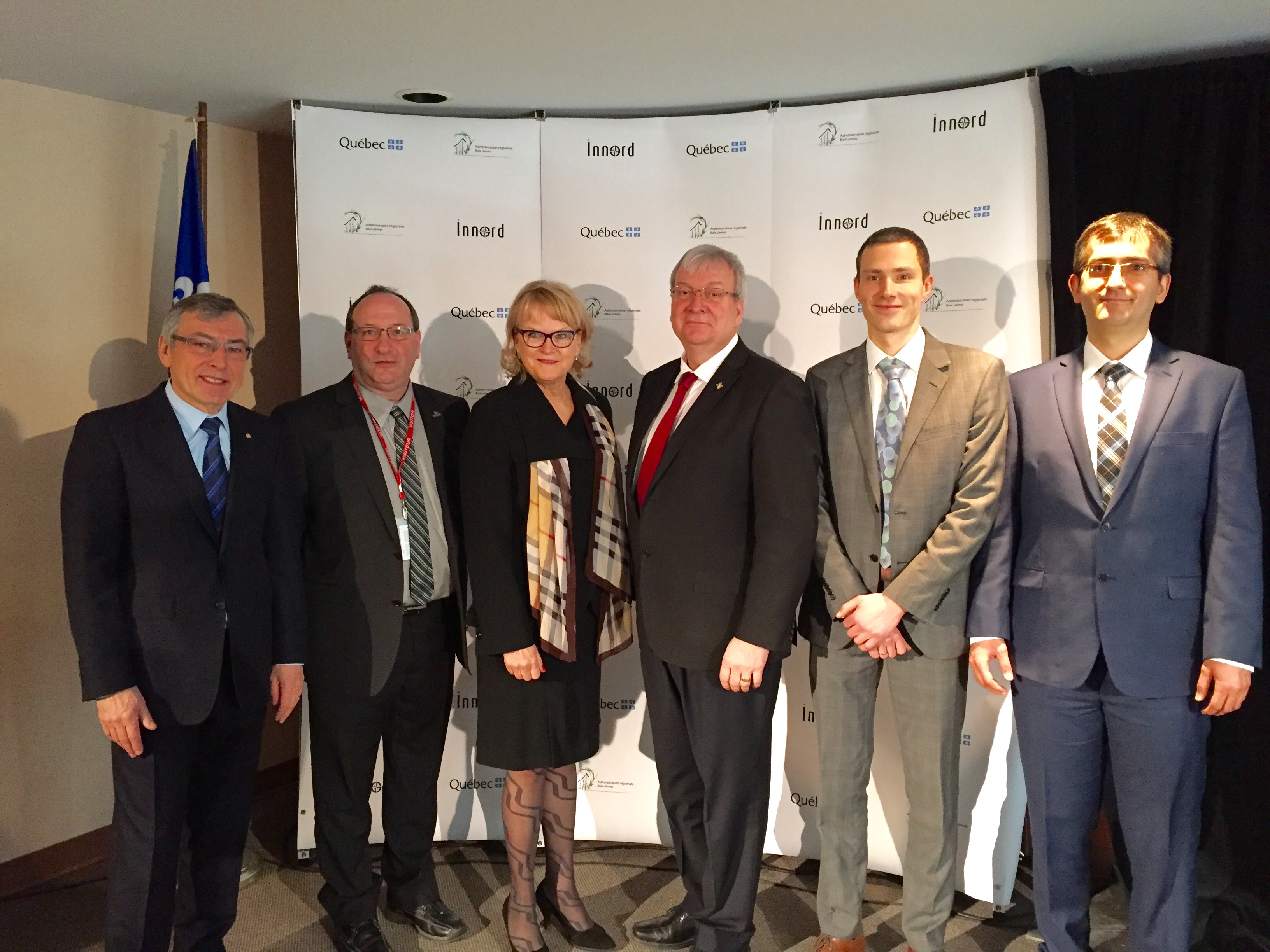 From left to right, M. Bédard , M. Poirier , Mme Ménard , M. Blanchette , M. Mugerman , le Dr Hajiani .